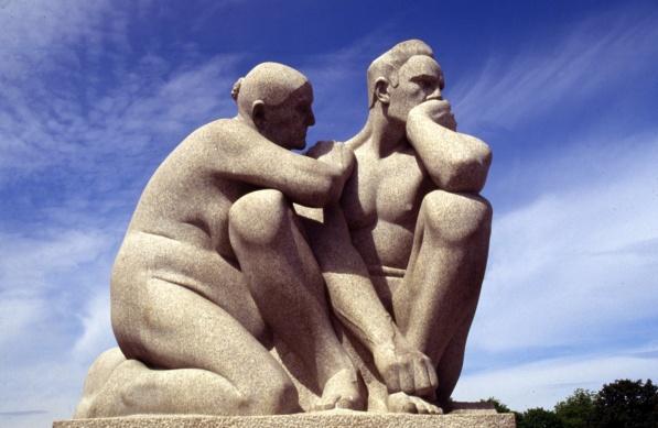5.12 Noruega Estatua 11